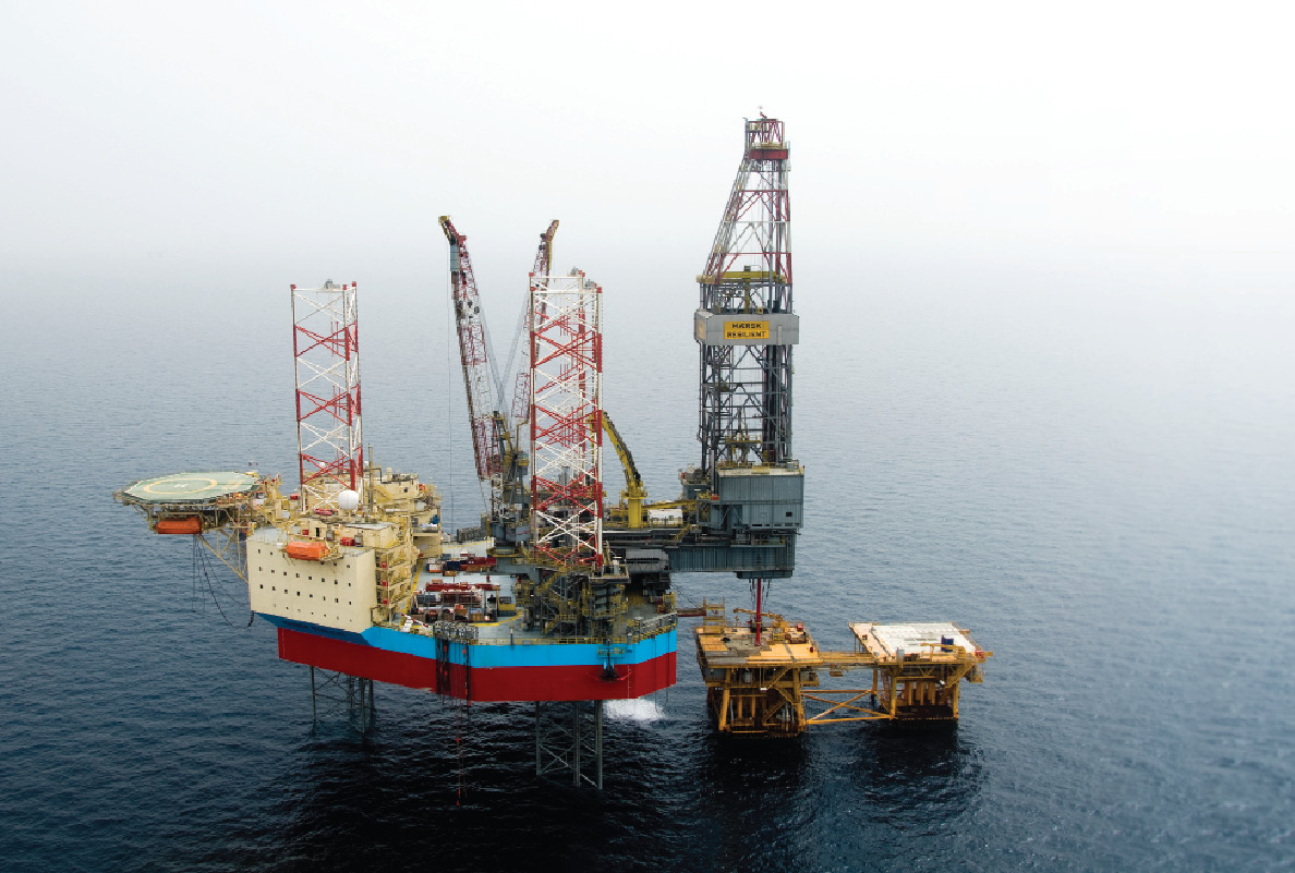 On Maersk Drilling rigs like the MÆRSK RESILIENT, the remote operation of the drill floor and the fully automated riser handling system have resulted in almost no crew members being on the drill floor while drilling.