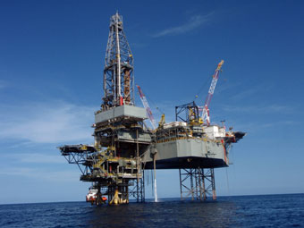 Red Sea Petroleum contracts Seadrill jackup - Drilling
