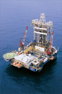 Transocean's semisubmersible Sedco Energy is working for Chevron offshore Nigeria under a contract that will expire December 2010, at a dayrate of $483,000.