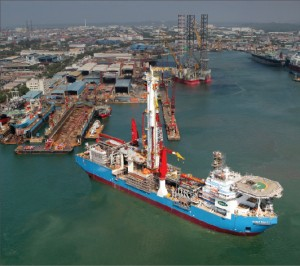 The Bully I drillship is slated for delivery in May 2011. A five-year contract with Shell in the Gulf of Mexico is scheduled to begin in August 2011.