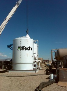 ROLCO and AbTech have developed the Smart Sponge, an oil-absorbent material that removes hydrocarbons on the front end of the electro-coagulation process. At right, Smart Sponge is installed at a fracturing site in Wyoming.