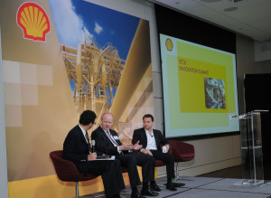 Innovation and technological growth are accelerating exponentially, Dr Peter Diamandis (right), chairman and CEO of the X-PRIZE Foundation, said at the Shell Innovation Summit on 9 January in Houston. Dr Diamandis was a speaker on a panel session along with Gerald Schotman, Shell chief technology officer and executive VP innovation, R&D (center). Moderator was Frank Sesno, founder of planetfounder.org.