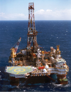 Petroserv's fourth-generation semisubmersible, the Louisiana, is drilling development wells in Campos Basin's Roncador field offshore Brazil. The rig has been operating for Petrobras since May 1998, drilling in several fields within the Campos Basin; its current contract lasts until May 2015. The rig can operate in more than 2,000 meters of water.