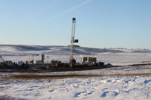 A Cloverleaf Well Service rig works in the Bakken shale play in North Dakota. The rig is primarily used for drilling out frac plugs used in plug-and-perf operations and for clean-outs.