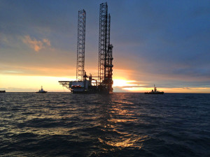 ENSCO 121's sister rig, ENSCO 120, silhouetted during its transit to the North Sea.