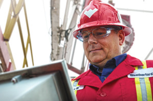 During a connection, the human-machine interface allows the operator to complete a flow-switching procedure from a safe zone away from the rig floor, to allow continuous circulation throughout the drilling process.