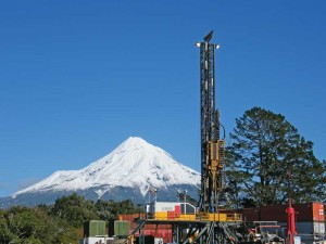 Webster Drilling's VR-500 super single rig, which has been working for Canadian-based TAG Oil in the Taranaki Basin since 2012, has drilled approximately 17 exploration and production wells in the Taranaki. The drilling contractor says it sees a year of solid work ahead, even though it works under well-to-well contracts for the operator.