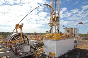 Savanna Energy's coal seam gas drilling rigs are operating in Queensland in an area between the towns of Toowoomba and Roma. They are drilling wells to supply gas for the APLNG project. The hybrid rigs are rated to approximately 1,500 m using drill pipe and 1,200 m using coiled tubing.