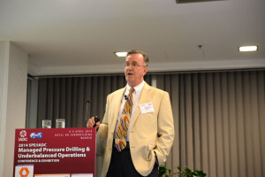 George Medley of SIGNA Engineering Corp explained how a combination of managed pressure drilling and underbalanced drilling techniques was used to successfully drill a sidetrack in a high-pressure, high-temperature well in East Texas.