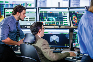 Devon's WellCon center provides 24/7, real-time monitoring and communication between the company's headquarters and its operated rigs. The center can monitor up to 100 rigs at a time, allowing engineers to react quickly when changes are needed.