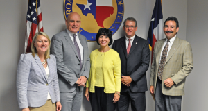 RRC Commissioner Christi Craddick (center) meets with Liz Craddock (from left), IADC VP – Policy and Government Affairs; Stephen Colville, IADC President/CEO; Mark Denkowski, IADC Executive VP – Operational Integrity; and Mike Garvin, Senior VP, Operations Support, for Patterson-UTI.