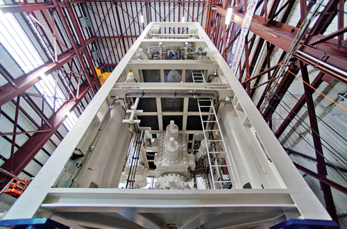 A 15k-psi subsea BOP stack is assembled in GE's Houston BOP manufacturing high-bay facility.