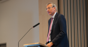Maersk Drilling CEO Claus Hemmingsen urged companies to share their knowledge and experience with one another in order to improve safety for everyone. Mr Hemmingsen, who also serves as Group Vice CEO of A.P. Moller-Maersk A/S, delivered the keynote speech at the 2016 IADC Well Control Europe Conference in Copenhagen on 19 October.