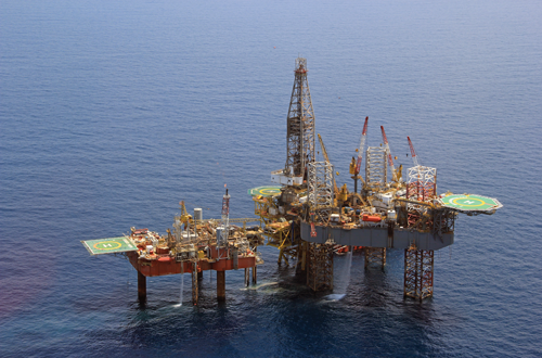 Shelf Drilling's Galveston Key jackup is drilling development wells in the UAE for National Drilling Company. The rig has a maximum drilling depth of 21,000 ft and can work in up to 300-ft water depths.