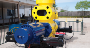 Noble showcased its new electrically operated BOP with a live demonstration at the NobleAdvances Training and Collaboration Center in Sugar Land, Texas, on 30 March. The eBOP sheared a 6 5/8-in. S-135 27-lb/ft drill pipe during the event. Development of the technology began in earnest in 2014 and was driven by market conditions, proposed regulatory changes and the availability of necessary components.