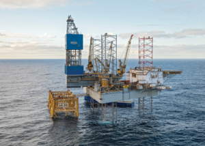 Noble Drilling's Lloyd Noble jackup drills for Statoil off the coast of the UK. It is under contract until November 2020. left: Noble's Bob Douglas drillship drills for Anadarko in the US Gulf of Mexico. Since the start of 2015, Noble has retired five semisubmersibles, one jackup and one drillship.
