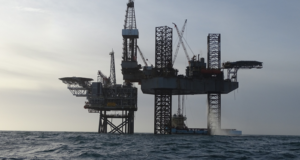Cygnus Bravo delivered first gas from well B5 on the morning of 1 August. The Cygnus gas field is located 150 km off the coast of Lincolnshire, UK in water depths of less than 25 km. It consists of four platforms including two drilling centers, contributing 5% of UK gas production.