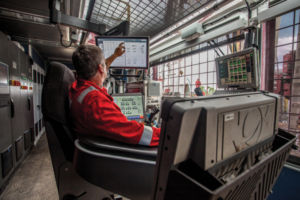 The NOVOS process automation platform allows algorithm-driven software to be deployed, orchestrating rig equipment to execute the drilling operation according to a specified well plan and predetermined drilling parameters. Earlier this year, NOVOS was deployed on 18 rigs for Precision Drilling in North America, reducing connection time by 41% per connection, according to NOV.