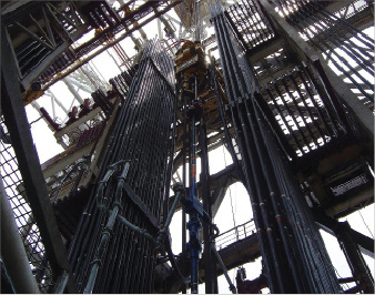 Frac packs may be more expensive, but their mean time to failure is longer than high-rate water packs or gravel packs or for stand-alone screens. Above, looking up at the frac head on the Cajun Express, which Chevron used to conduct a well test in the GOM.