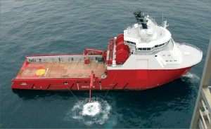 """Because today's seismic-while-drilling systems use surface sources, boats may be needed to shoot the seismic. This can significantly increase the complexity of deployment compared with running conventional LWD service. """"It's usually a big logistics affair to do seismic while drilling,"""" said Nils Edwards, Baker Hughes product manager – LWD, acoustic and seismic."""