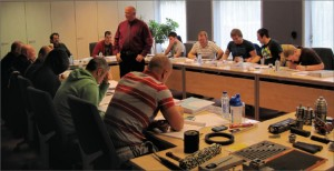 To have a successful rig audit task force, each member of the group must be trained on the operator's standards and procedures. This includes classroom training, as well as learning by practice. Operators must provide additional support in the initial phase.