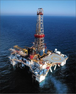 The semisubmersible Atwood Hunter, capable of drilling in 5,000-ft water depths, is working in Equatorial Guinea.
