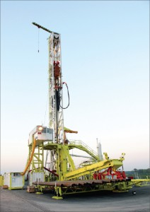 Huisman's LOC 400, which has a 1,200-sq-meter footprint, is an example of the kind of technology that the EFD Program hopes to put to use to reduce the footprint of onshore drilling operations.