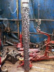 A MaxForce string magnet was deployed in the onshore Kolganovskoy field in Buzuluk, Russia, to remove cuttings left behind by conventional circulating during pilot milling of a 4 ½-in. liner inside 5 ½-in. casing.