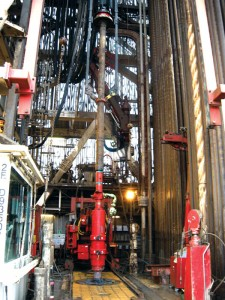 Combined top drive casing-running and cement head technologies in the Caspian Sea have cut the transition time to the casing landing string from about one hour to 10 minutes.