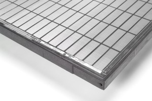 The DURAFLO composite screens use a polypropylene frame with an internal reinforcing cage made of high-strength steel.