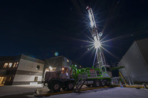 ProStar Well Service's Legacy rig can pull and push pipe through doglegs, making it ideal for the oil sands in northern Alberta. A tool called the wobble shakes, moves and turns the pipe to break up the sand.