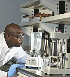 FTSI Fluids Research and Development Chemist Stephen N'Guessan observes the generation of viscosity of a recently crosslinked Diamond Fracturing Fluid.