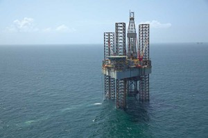 The ENSCO 82 jackup is drilling development wells for Energy XXI in the Gulf of Mexico's shallow Main Pass field, where horizontal drilling and advanced seismic technology are revitalizing mature fields.