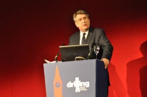 Malcolm Webb, CEO of Oil & Gas UK, gave the keynote speech at the 2015 SPE/IADC Drilling Conference in London on 17 March. Mr Webb encouraged those working in the drilling industry to become vocal advocates for the oil and gas industry.