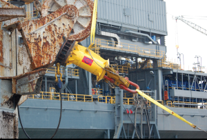 The Delmar Quick Release is an in-line mooring component with a simple mechanical release, allowing the rig to safely and efficiently offset or depart from a moored location during an emergency. It allows for safe mooring of dynamically positioned rigs, as well as traditionally moored rigs.