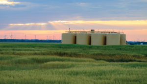 Devon's oil production in Oklahoma's STACK play is projected to increase by 35% this year compared with 2016. The operator had seven rigs drilling in the STACK at mid-year and expects to have 10 rigs running in Q4.